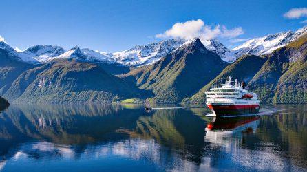 Hurtigruten Kreuzfahrt in die Norwegischen Fjorde ab 669,-€